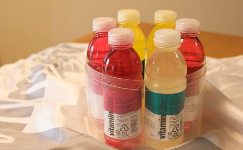 glacéau vitaminwater パッケージの中身